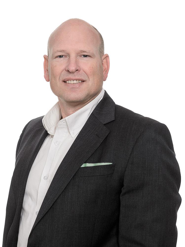 Thomas Persson, Svenska Hus