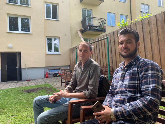 Vaktmästaren fastighetsägaren Gustaf Grapengiesser och vaktmästaren Mohammad Esmail
